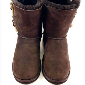Cozie  Steps 8 Suede Toggle Boots/Sheepskin Lining